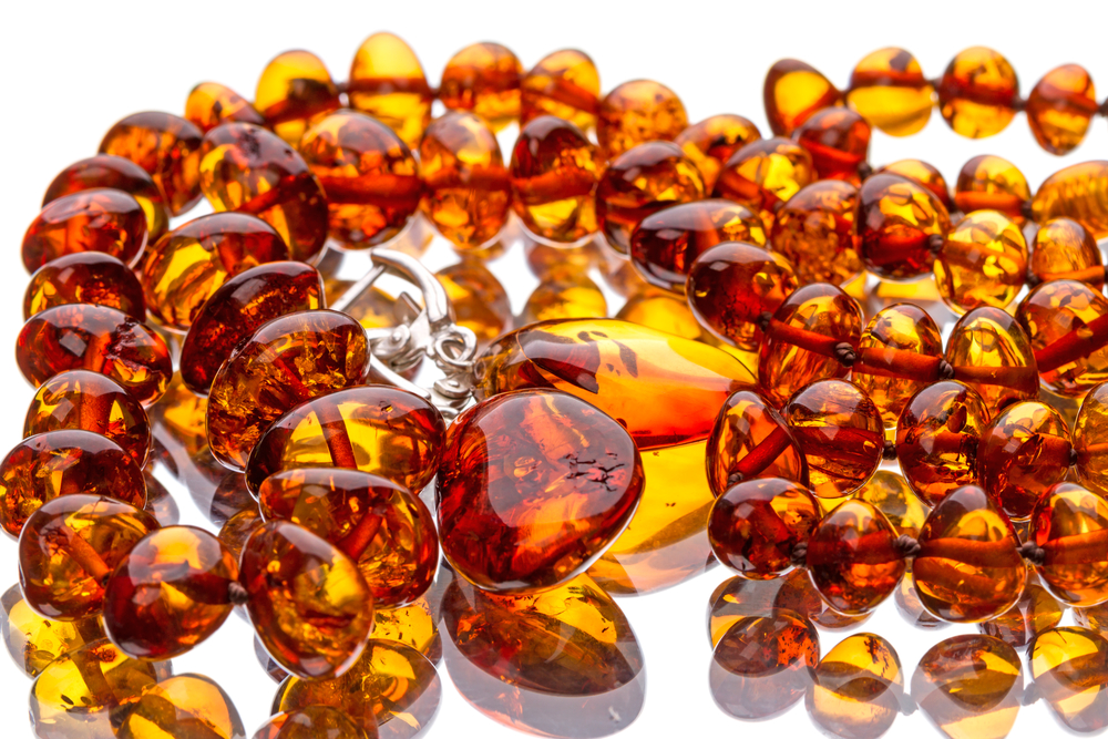 12  remarkable  ways to  better health  using Amber oil
